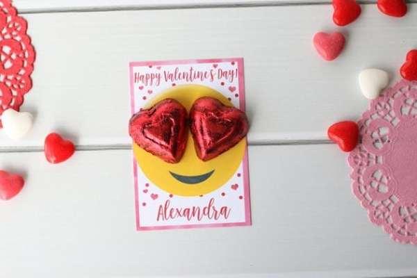 emoji heart face card for kids