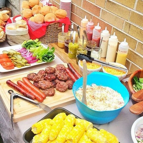 Summer Party Ideas | Burger Bar #gardenparty