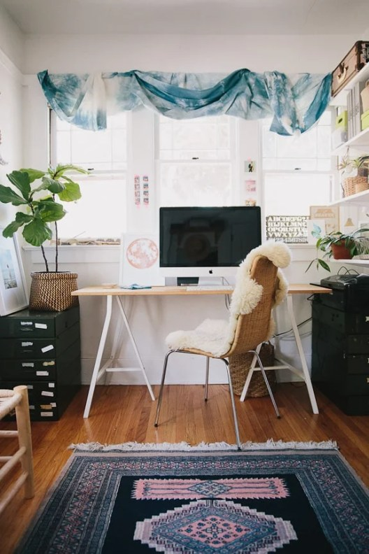 Small Home Office Ideas That Will Make You Want to Work Overtime #bohemiansmallofficeideas