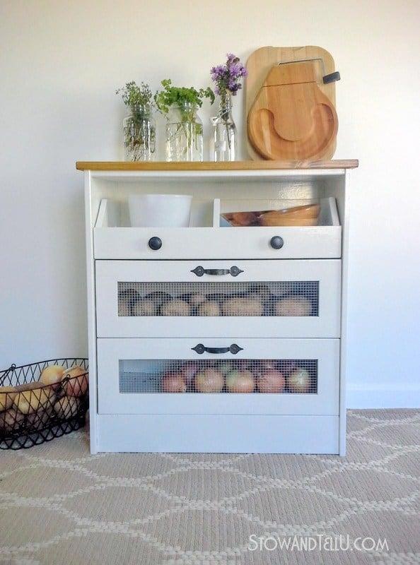 DIY Hacks From IKEA That You Can Do On A Tiny Budget #ikeahack #homedecor #farmhousestyledecor #rusticfarmhousedecor #IKEA