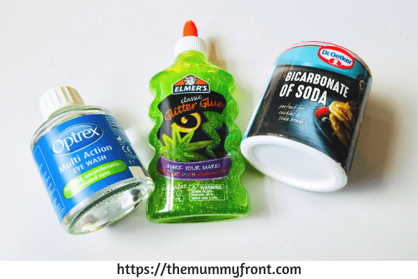 Halloween Slime - The best halloween slime jar tutorial, showing you how to make slime, contact lens solution for slime, glue for slime & baking soda for slime | the best slime ingredients