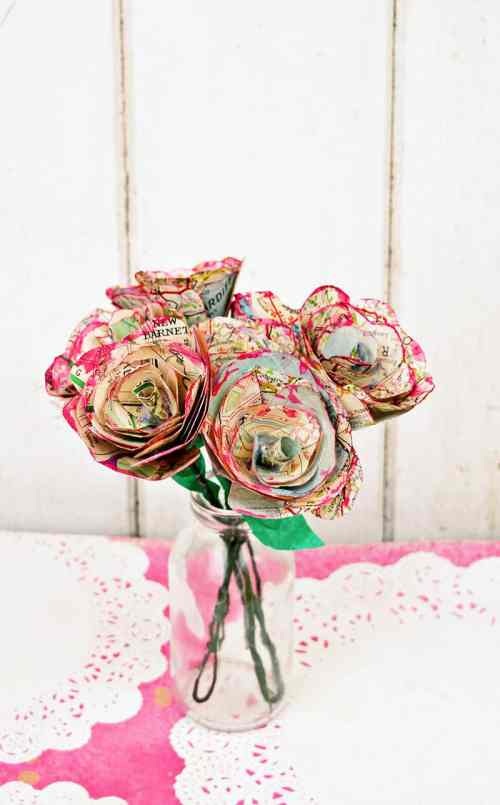 14 Stunning Valentine's Day Decoration Ideas you Will Seriously Fall In Love With This Year! #valentinesdaydecorationideas #valentines #valentinesdaycrafts #valentinesdecor Valentines decor for the home, diy paper map roses