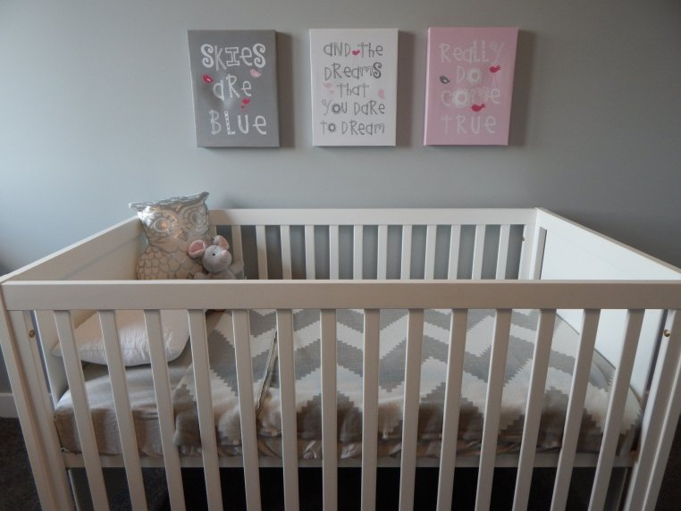 crib for bedroom as a cost-effective furniture alternatives for kids