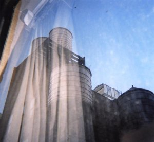 Sun Kil Moon, Common as Light and Love are Red Valleys of Blood © Caldo Verde