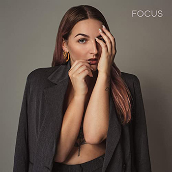 Focus by Daimy Lotus