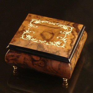 Italian Jewelry Box Burl Walnut 17A