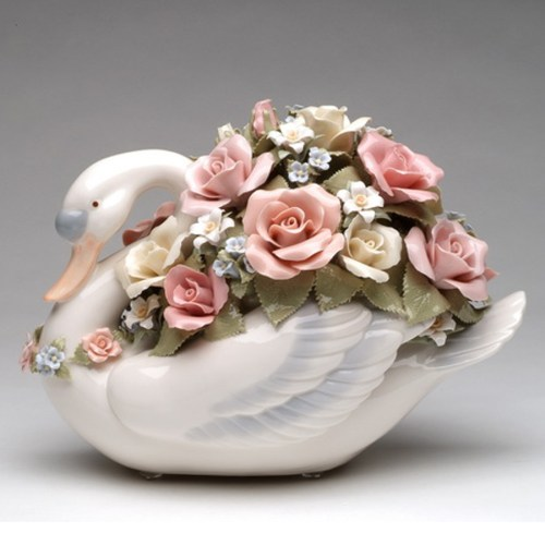 Porcelain swan with flowers