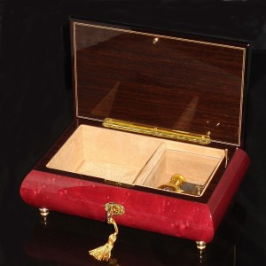 Italian Musical Jewelry Box 02CVM Wine Red opened no cover