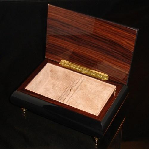 Italian Jewelry Box Pink Rose 04 opened