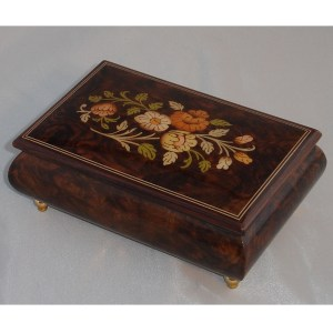 Italian Jewelry Box Walnut 04CF