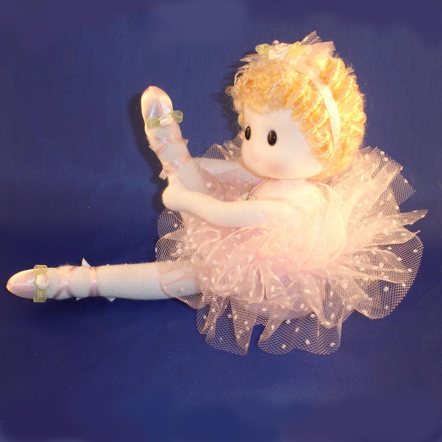Ballerina doll in pick
