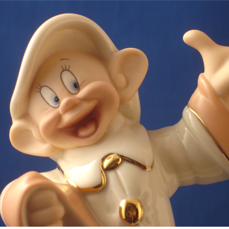 Dopey Dancing close up