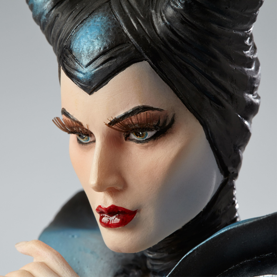 Maleficent-Couture-close-up