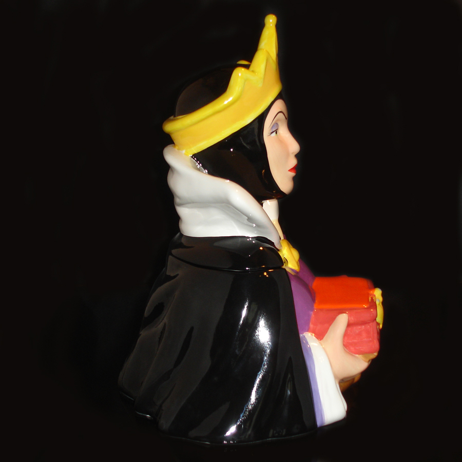 vintage-Evil-Queen-Cookie-Jar-right-side-view