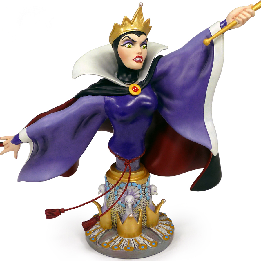 Evil-Queen-figurine-by-Grand-Jester-front-view