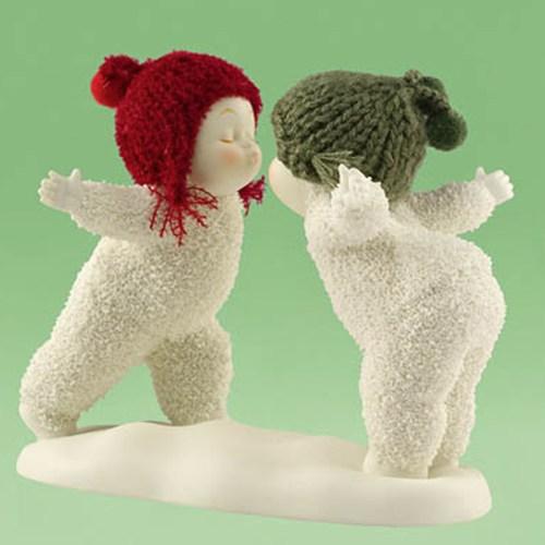 Snow Baby Pucker Up figurine