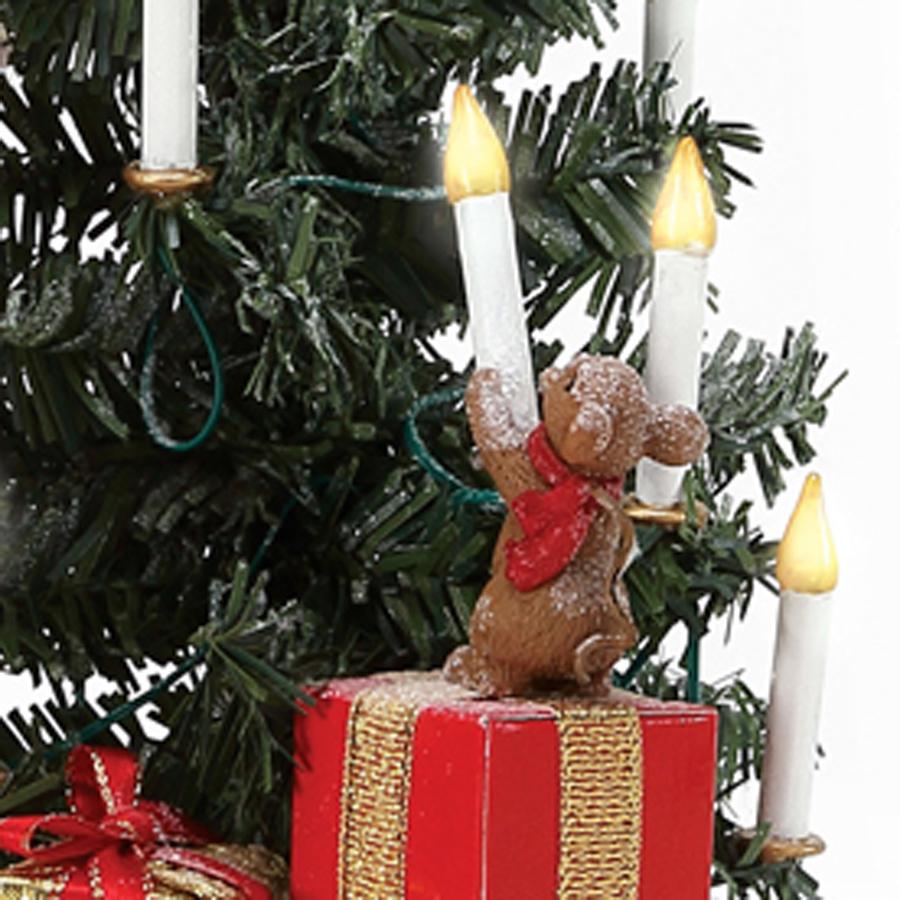Santa's-Little-Helper-Mouse-close-up