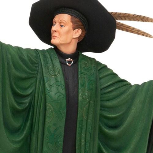Professor-McGonagall-close-up