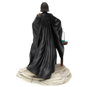 Snape-back-view