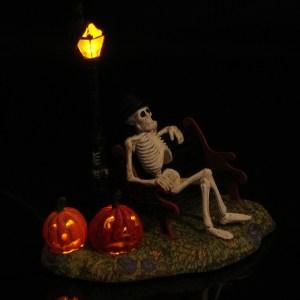 Restin-My-Bones-side-view-dark