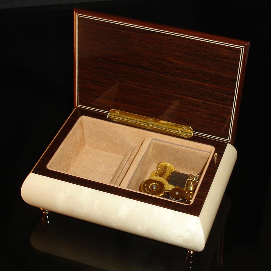 Italian-Jewelry-Box-04CVM-White-Open-no-cover