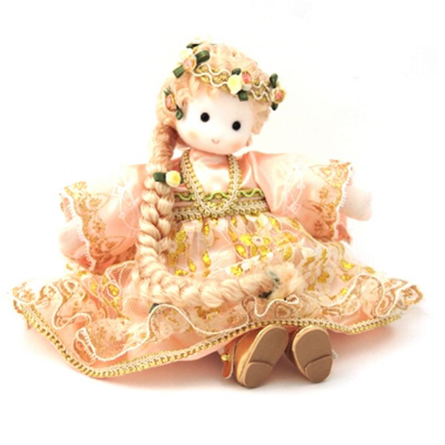 Rapunzel-Musical-Doll