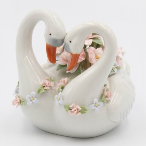 Swans-Porcelain-Music-Box