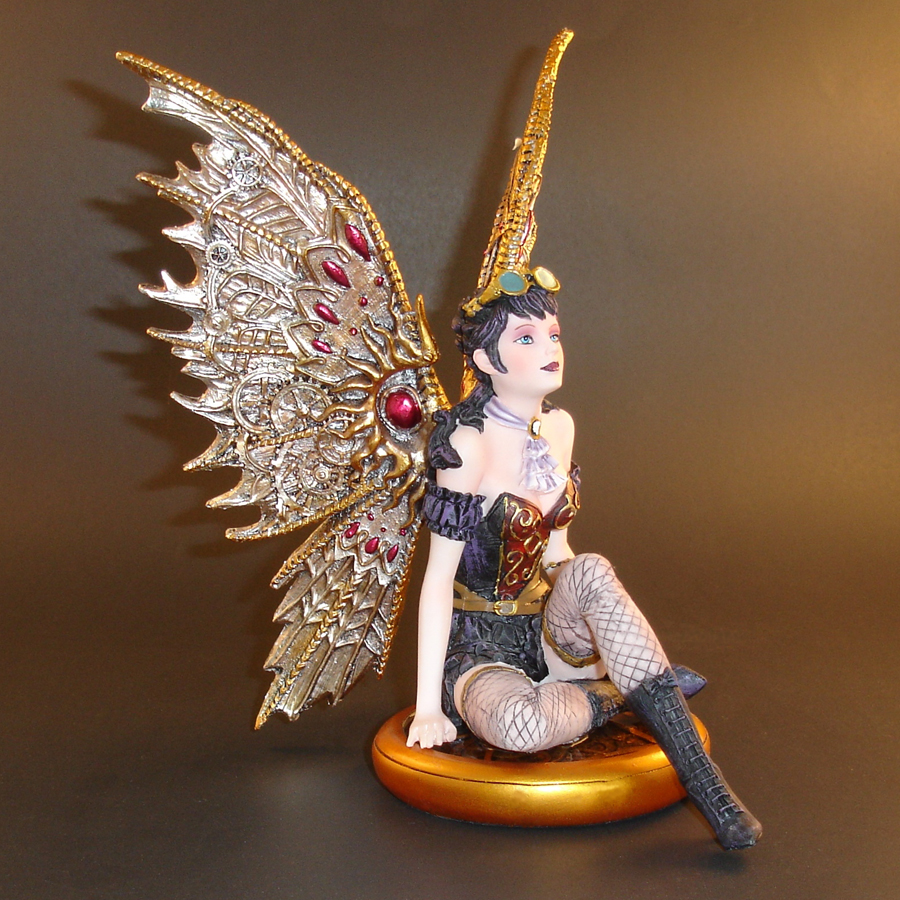 Steampunk-Fairy-right-side
