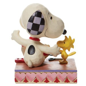 Snoopy-with-Hearts-Garland-back-view