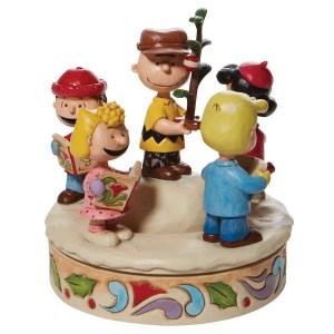 Peanuts-Gang-Caroling-Around-Tree