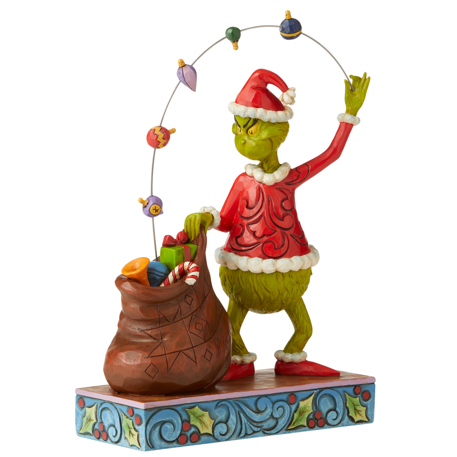 Grinch-Juggling-Angle-View