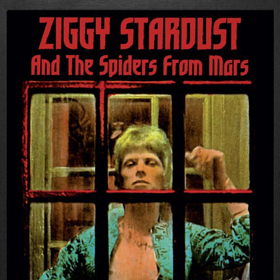 David-Bowie-Ziggy-close-up
