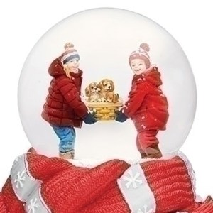 Kids-with-Puppies-globe-close-up