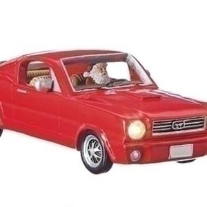 Santa-in-Mustang-close-up