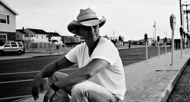 Kenny Chesney launches No Shoes TV