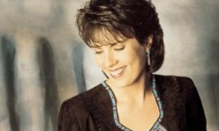 Country singer Holly Dunn dies at age 59