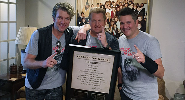 """Rascal Flatts celebrate """"Yours If You Want It"""" No. 1"""