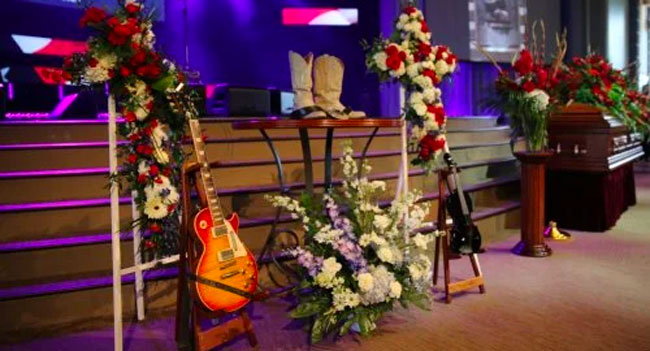 Charlie Daniels laid to rest in Tennessee