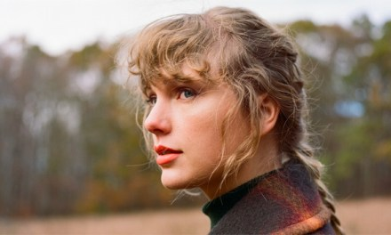 Taylor Swift 'Evermore' surpasses over one million sales