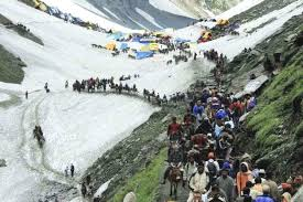 Amarnath Yatra resumes, 137 pilgrims leave for Kashmir Valley