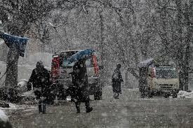 Fresh snowfall, rain in Kashmir Valley