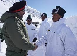 Northern Army Commander visits forward posts in Ladakh