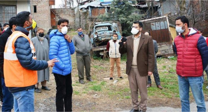 DC inspected District Hospital and Quarantine Home wards at GHSS Shopian.