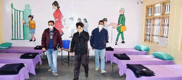 Covid- 19: DM Kishtwar reviews facilities at quarantine centres