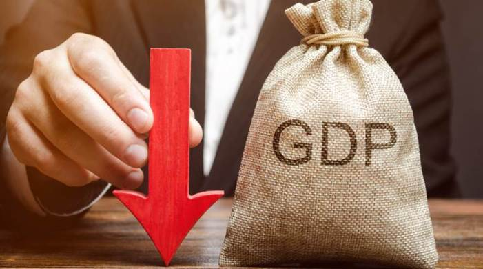 Moody's cuts India GDP growth to 2.5% from 5.3% in 2020