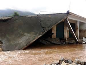 Houses Damaged, Vehicles Washed Away After Cloud Burst In Jammu And Kashmir's Poonch