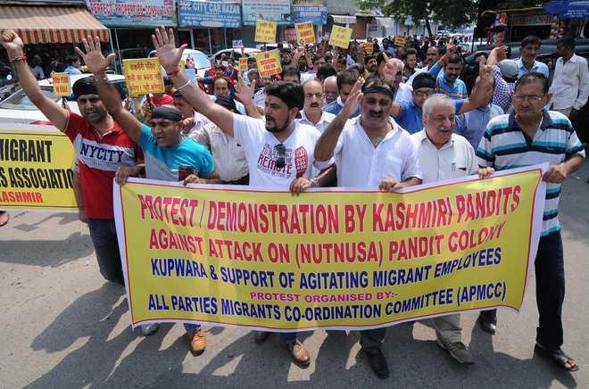 Kashmiri Pandits threaten fast-unto-death, issue 'final communication' to Centre