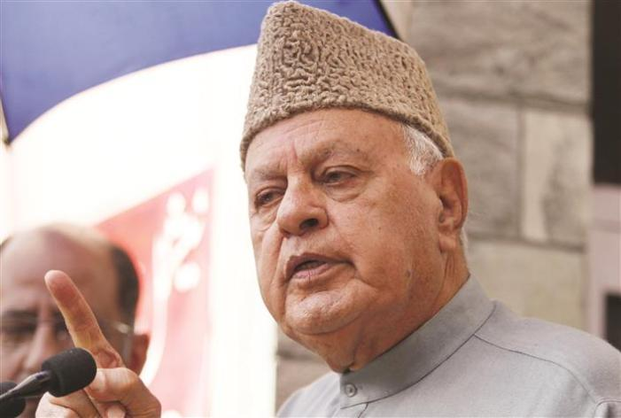 Farooq Abdullah calls for probe into exodus of Kashmiri Pandits