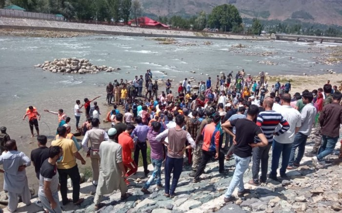 Teen drowns in Bandipora, another rescued in critical condition