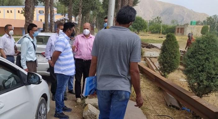 Secretary Jal Shakti Department inspects Rangil WSS, reviews restoration work on Sindh Extension Canal Breach